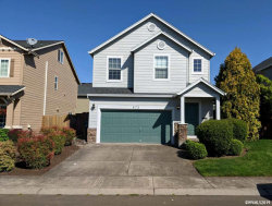 Photo of 872 NW 1st Av, Canby, OR 97013 (MLS # 747878)