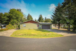 Photo of 2465 SW Fairway Cl, Waldport, OR 97394 (MLS # 748444)