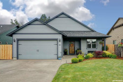 Photo of 711 Pintail St NE, Silverton, OR 97381-2527 (MLS # 748758)
