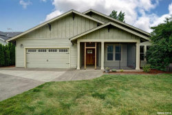 Photo of 4783 SW Roseberry St, Corvallis, OR 97333 (MLS # 749953)