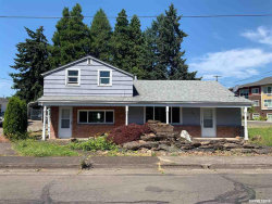 Photo of 120 Lake St SE, Albany, OR 97321 (MLS # 750382)