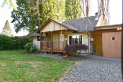 Photo of 1621 N 2nd St, Silverton, OR 97381-1175 (MLS # 752742)