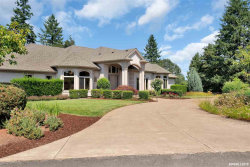 Photo of 900 Scenic Wood Pl NW, Albany, OR 97231-9145 (MLS # 753684)