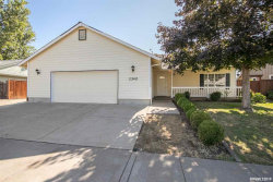 Photo of 1340 Willow St, Junction City, OR 97448-1131 (MLS # 753754)