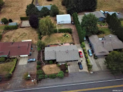 Photo of 15671 S Henrici Rd, Oregon City, OR 97045 (MLS # 754555)