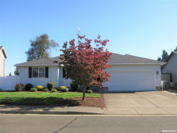 Photo of 560 SE Syron St, Dallas, OR 97338-2950 (MLS # 756009)