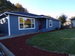 Photo of 605 Orchard Dr, Dallas, OR 97338-1159 (MLS # 756089)