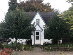 Photo of 135 Clay St E, Monmouth, OR 97361 (MLS # 756193)