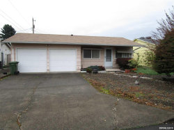 Photo of 934 Cahill Wy, Woodburn, OR 97071 (MLS # 756405)