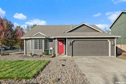 Photo of 621 Wildflower Dr, Stayton, OR 97383 (MLS # 756571)