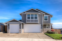 Photo of 402 Eagle Feather St NW, Salem, OR 97304 (MLS # 757433)