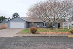 Photo of 317 NW Hillcrest St, Dallas, OR 97338 (MLS # 757473)