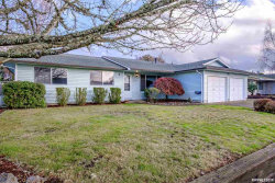 Photo of 2033 Lafayette St SE, Albany, OR 97322 (MLS # 757639)