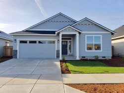 Photo of 921 Chestnut St, Independence, OR 97351-1548 (MLS # 758881)
