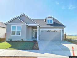 Photo of 1021 Chestnut St, Independence, OR 97351-1549 (MLS # 758883)