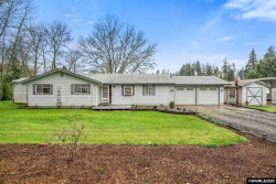 Photo of 1014 Green Acres Ln NW, Albany, OR 97321 (MLS # 759138)