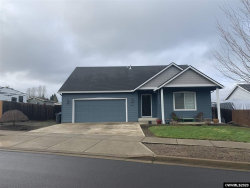 Photo of 399 Lavender St, Silverton, OR 97381-1486 (MLS # 759145)