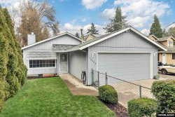 Photo of 14554 SE Bunnell St, Milwaukie, OR 97267 (MLS # 759415)