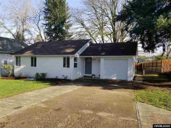 Photo of 520 Norway St, Silverton, OR 97381 (MLS # 759662)