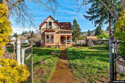 Photo of 705 S Water St, Silverton, OR 97381-2339 (MLS # 759831)