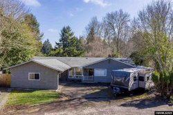 Photo of 1211 Sherwood Pl NW, Albany, OR 97321-1739 (MLS # 760297)
