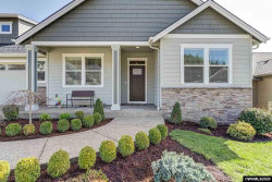 Photo of 1550 Lakeview Dr, Silverton, OR 97381-8743 (MLS # 760907)
