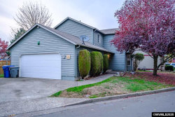 Photo of 413 Clara Ct NE, Salem, OR 97301-4878 (MLS # 761775)