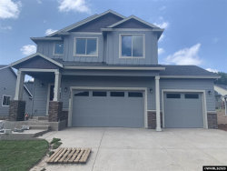 Photo of 1469 Meadow Ave, Silverton, OR 97381 (MLS # 763005)