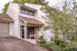 Photo of 1450 SW Bridlewood Dr, Dallas, OR 97338 (MLS # 763043)