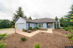 Photo of 14350 Orchard Knob Rd, Dallas, OR 97338-9100 (MLS # 764143)