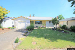 Photo of 1945 W Hayes St, Woodburn, OR 97071 (MLS # 764145)