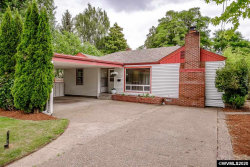 Photo of 1131 NW 13th St, Corvallis, OR 97330-4633 (MLS # 764877)