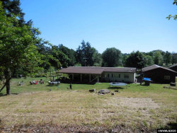 Photo of 30487 Oakview Dr, Corvallis, OR 97333 (MLS # 765399)