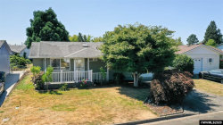 Photo of 2200 Country Club Terrace, Woodburn, OR 97071 (MLS # 766064)