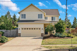 Photo of 866 Summerview Dr, Stayton, OR 97383 (MLS # 766819)