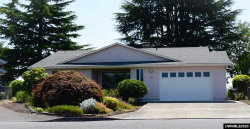 Photo of 686 E Clackamas Cl, Woodburn, OR 97071 (MLS # 766994)