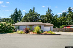 Photo of 630 Hicks St, Silverton, OR 97381 (MLS # 767902)