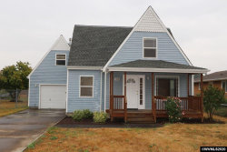Photo of 1336 Hoffman Rd NE, Salem, OR 97301-2107 (MLS # 768888)