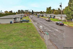 Photo of 1268 Kennedy St, Woodburn, OR 97071 (MLS # 725502)