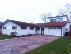 Photo of 740 S Fourth St, Independence, OR 97351 (MLS # 736135)