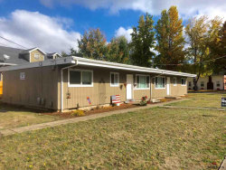 Photo of 520 Monmouth (- 530) St, Independence, OR 97351-1728 (MLS # 740390)
