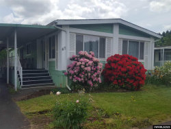 Photo of 1307 S Water St, Silverton, OR 97381 (MLS # 763942)