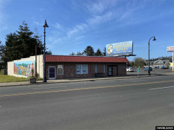 Photo of 150 SW Highway 101 (- 160), Waldport, OR 97394 (MLS # 759282)