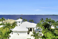 Photo of 5625 Riverside DR, Cape Coral, FL 33904 (MLS # 218054834)