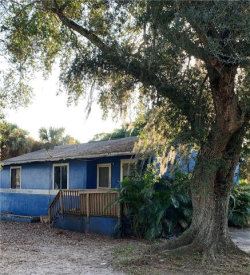 Photo of 3240 Dale ST, Fort Myers, FL 33916 (MLS # 219077131)