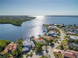 Photo of 818 Cal Cove DR, Fort Myers, FL 33919 (MLS # 220039481)