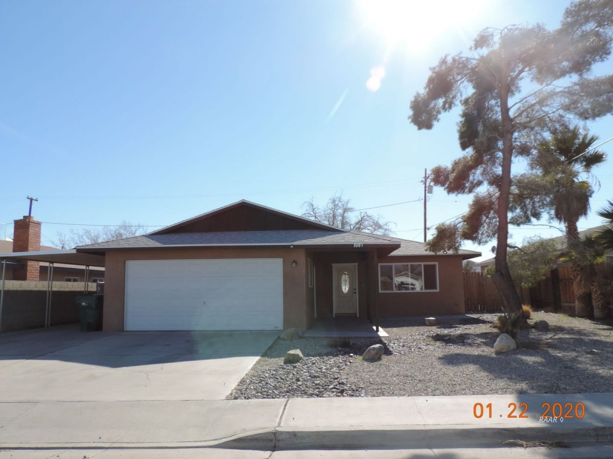 Photo for 1005 Mariposa AVE, Ridgecrest, CA 93555 (MLS # 1956695)