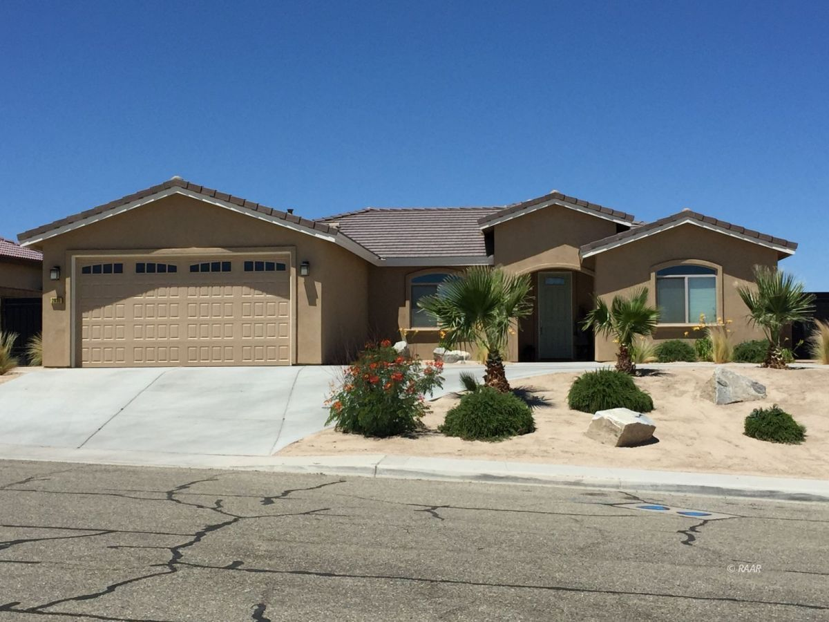 Photo for 2031 Wild Thorne DR, Ridgecrest, CA 93555 (MLS # 1957193)