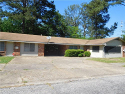 Photo of 1162A Perry Hill Road, Montgomery, AL 36109 (MLS # 436071)