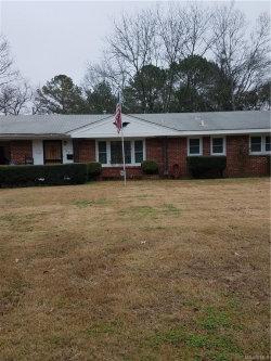 Photo of 857 BYRNE Drive, Montgomery, AL 36116 (MLS # 426126)